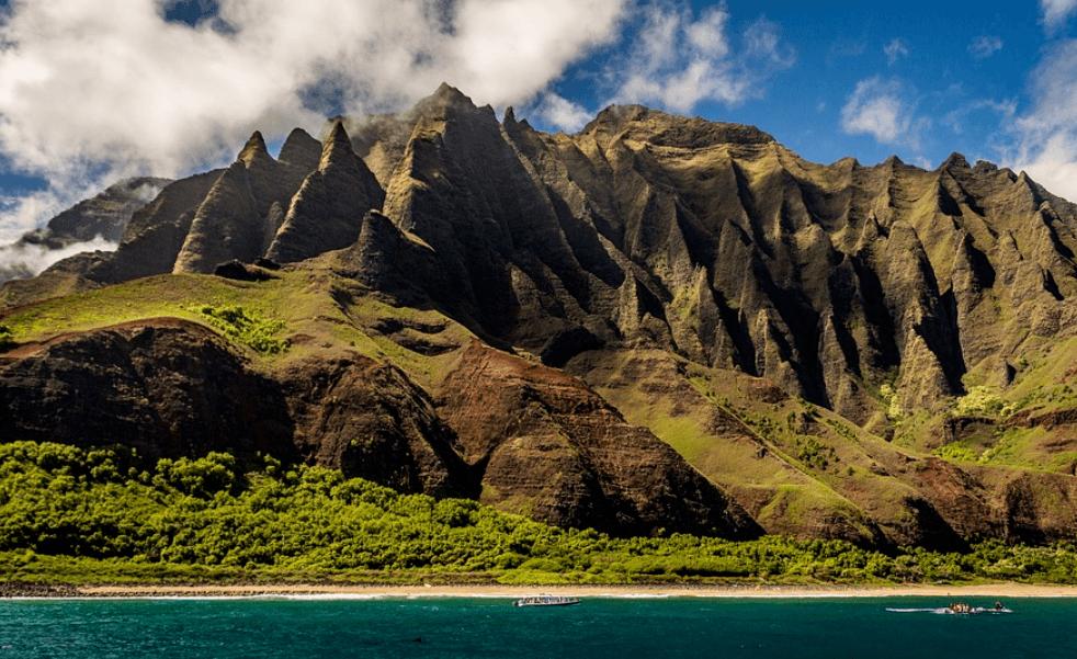Hawaii mountain range and ocean scene
